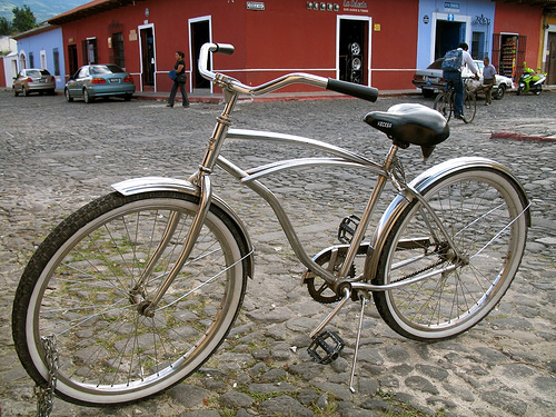 Old-style bicycle