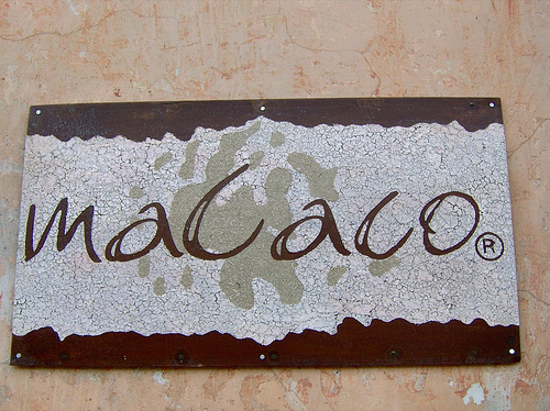Macaco sign