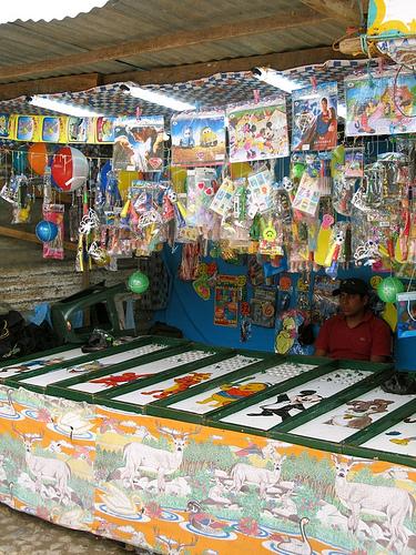 Guatemalan Fair Game Stand