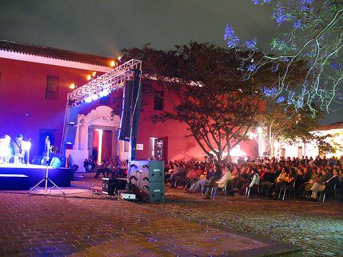 Alain Derbez Trio en La Antigua Guatemala - 11
