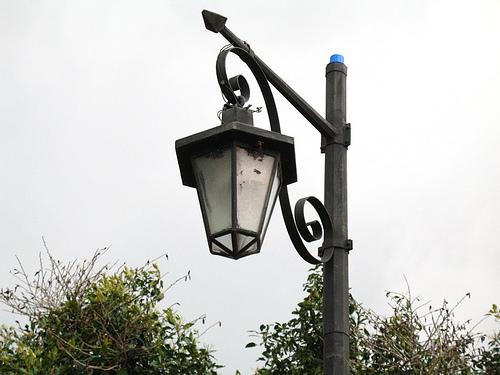 Solar Sensor Colonial Lamps