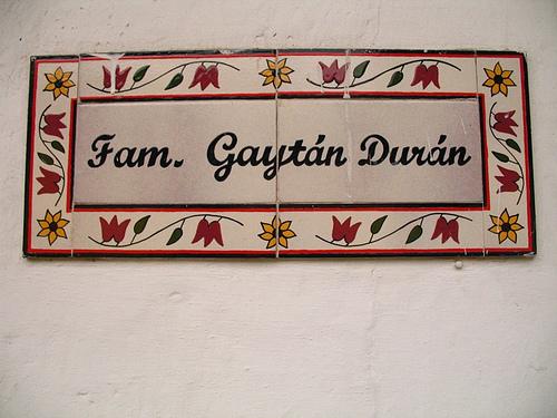 Familia Gaytán Durán Sign
