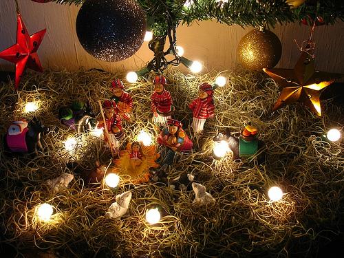 Guatemalan Christmas Decorations: El Nacimiento