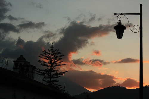 Antigua's Style Lamp Silhouette