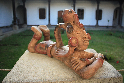 Mayan sculpture replica