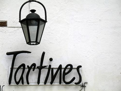Tartines Sign