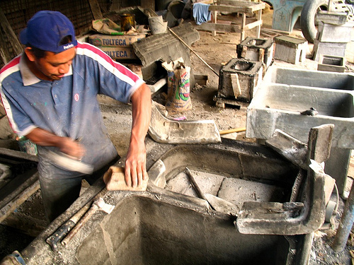 Making Pilas: Removing the Mold