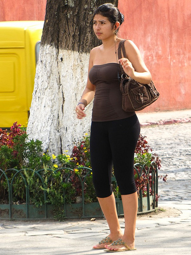 Earphone Usage is Up in Antigua Guatemala