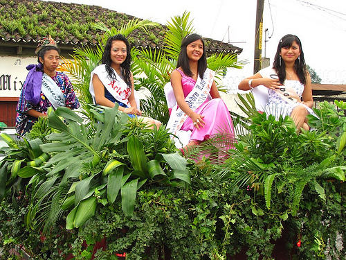 Beauty Pageant: Guatemala Green Float
