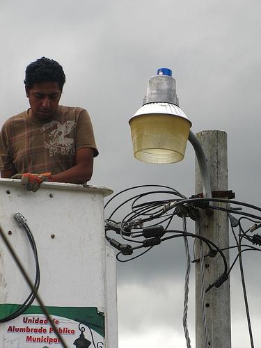 Changing a light bulb 1