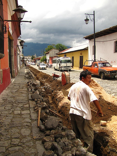 Laying Fiber Optic Lines in Antigua Guatemala by Rudy Girón