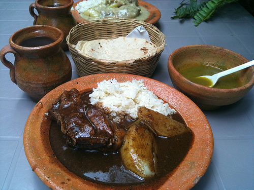 Guatemalan typical diner food by Rudy Girón