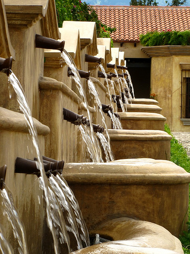 Antigua Styled Water Fountains by  Rudy Girón
