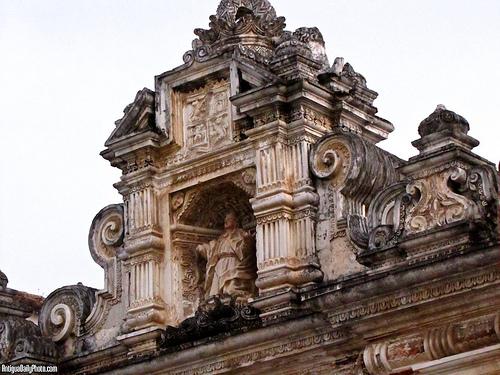 Baroque Niche from Antigua Guatemala by Rudy Girón