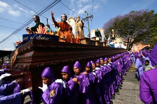 2011 Nazareno de la Iglesia de Jocotenango Procession by Leonel -Nelo- Mijangos
