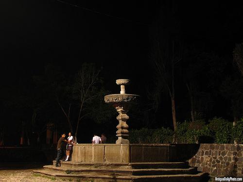 El Calvario Fountain by Rudy Girón
