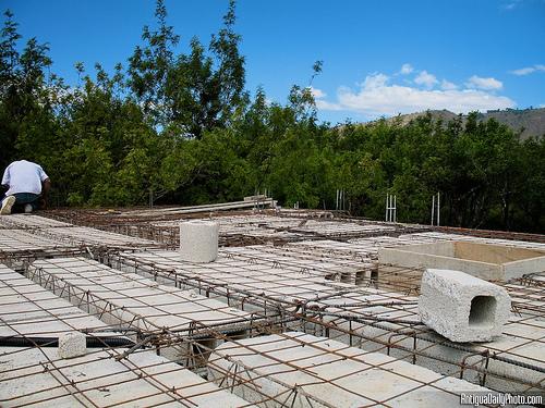 Theme Day: Under Construction by Rudy Girón