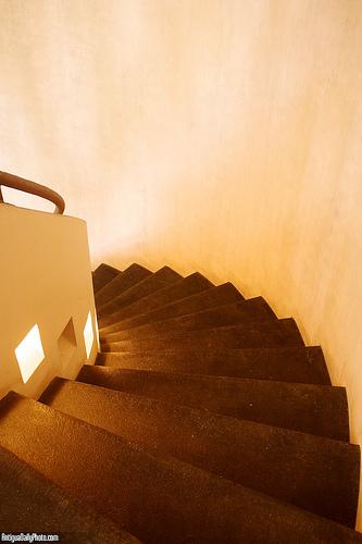Casa Antigüeña: Circular Staircase by Rudy Girón