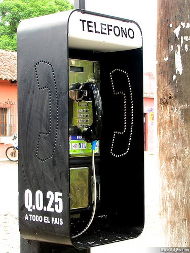 Coin-operated Payphone by Rudy Girón