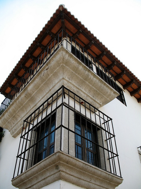 Colonial Corner Details by Rudy A. Girón