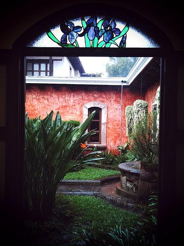 Hasta cuando llora el cielo, La Antigua Guatemala revela su belleza.
