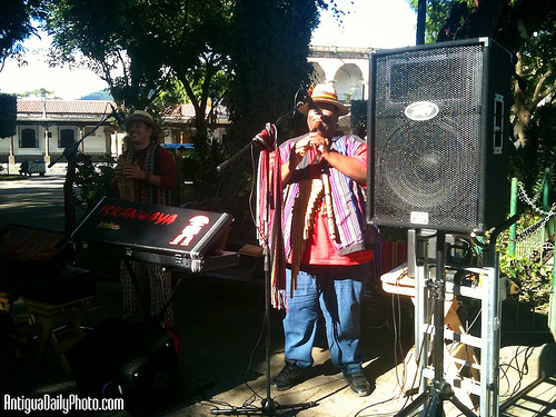Live Andean Music at Parque Central