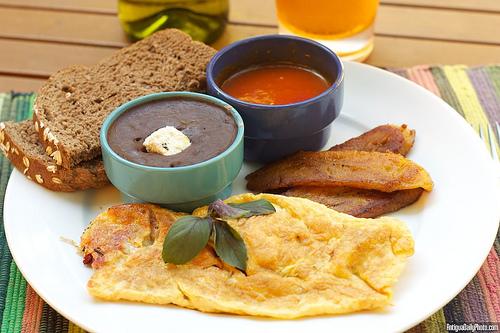 Guatemalan Style Omelet Breakfast