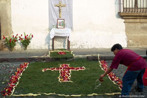 Rudy Giron: AntiguaDailyPhoto.com &emdash; Lent Is Altar and Carpet Time