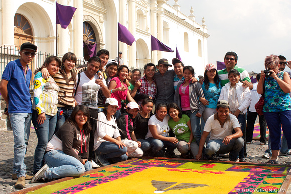 Rudy Giron: AntiguaDailyPhoto.com &emdash; Perpetuating The Holy Week Traditions in Antigua Guatemala