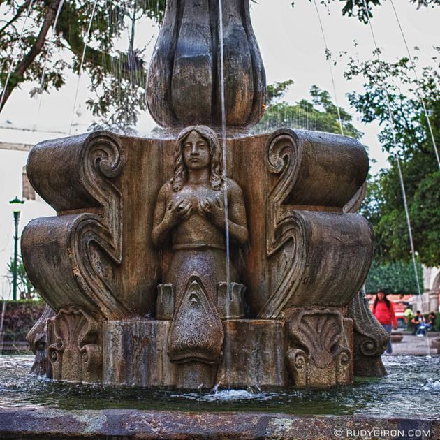 Rudy Giron: Instagrams &emdash; Fuente de las Sirenas en el Parque Central, Antigua Guatemala