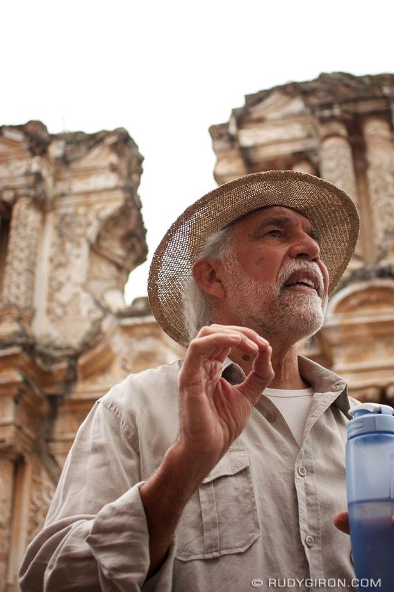 Rudy Giron: Antigua Architecture Walks &emdash; Arquitecto José María Magaña explicando los detalles de la fachada de las ruinas de El Carmen