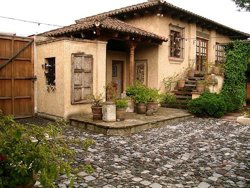 Inside A House From Antigua Guatemala Antiguadailyphoto Com