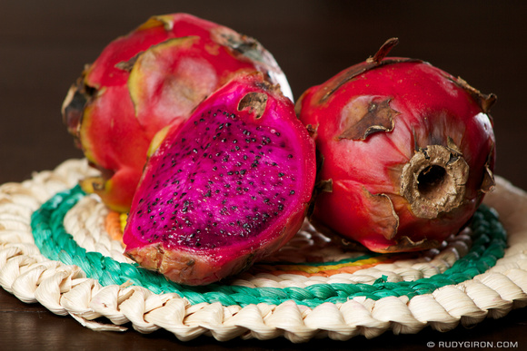 Rudy Giron: AntiguaDailyPhoto.com &emdash; Guatemalan Red Dragon Fruit