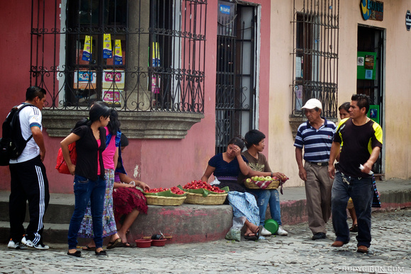 Rudy Giron: AntiguaDailyPhoto.com &emdash; Selling Fruits on the Streets of Antigua Guatemala