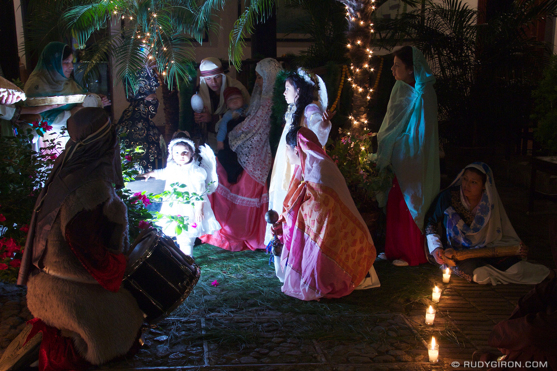 Rudy Giron: AntiguaDailyPhoto.com &emdash; Enactment of a Nativity Scene in Antigua Guatemala