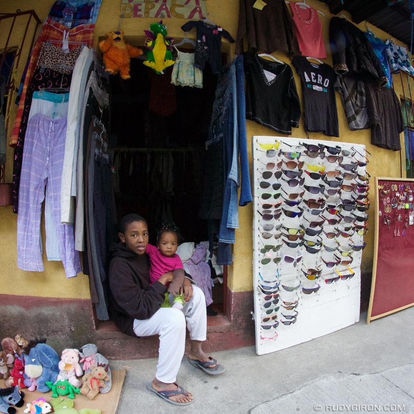 Rudy Giron: AntiguaDailyPhoto.com &emdash; Black People in Guatemala