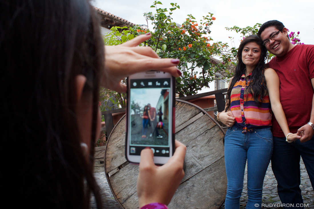 Rudy Giron: Antigua Guatemala &emdash; Taking Pictures at Calle del Arco