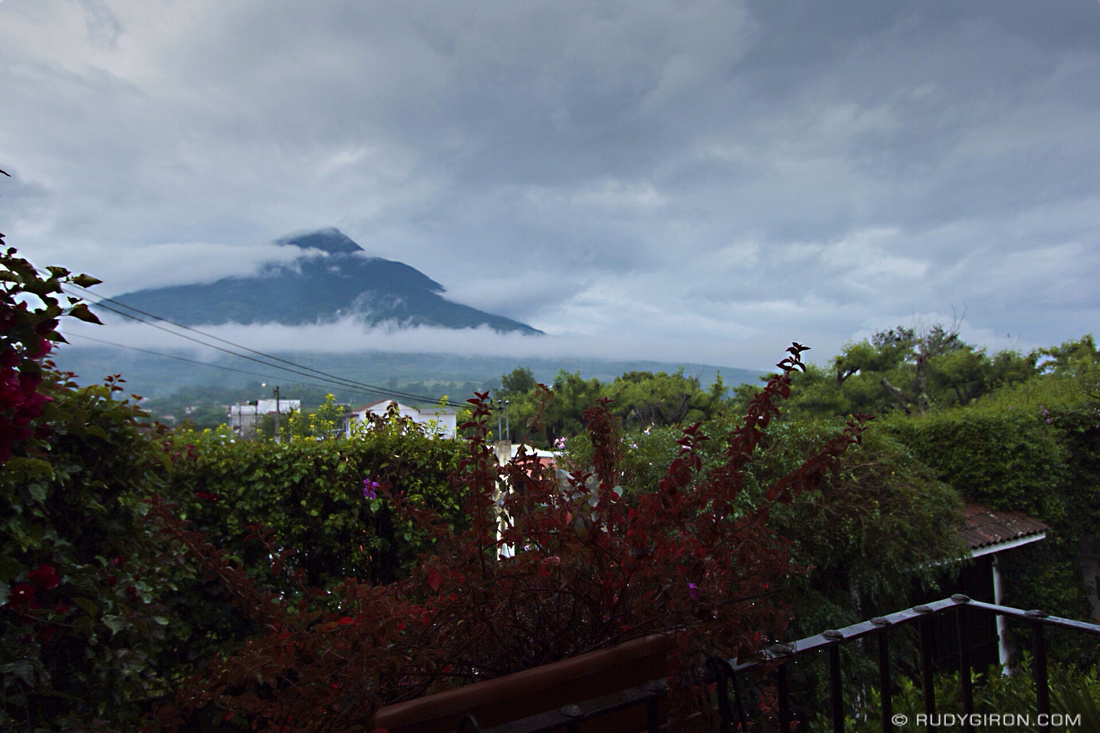 Rudy Giron: Antigua Guatemala &emdash; Good Sunday Morning from Antigua Guatemala