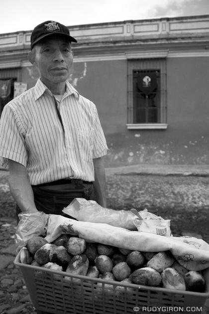 Rudy Giron: Antigua Guatemala &emdash; The Rellenitos Street Vendor