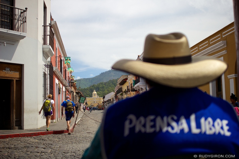 Rudy Giron: Antigua Guatemala &emdash; Weekend Vistas At Calle del Arco