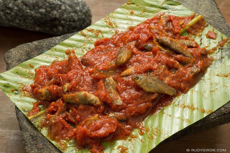 Rudy Giron: Guatemalan Food — Patín &emdash; Guatemala food — Patín de pescaditos