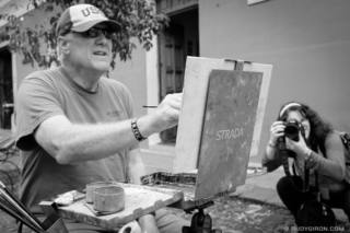 Making Art at Calle del Arco On The Weekends