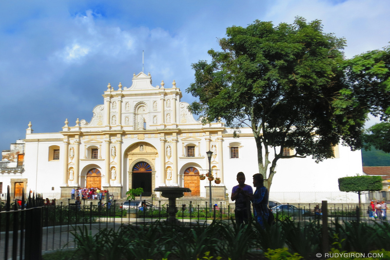 Rudy Giron: Antigua Guatemala &emdash; New Look of Parque Central