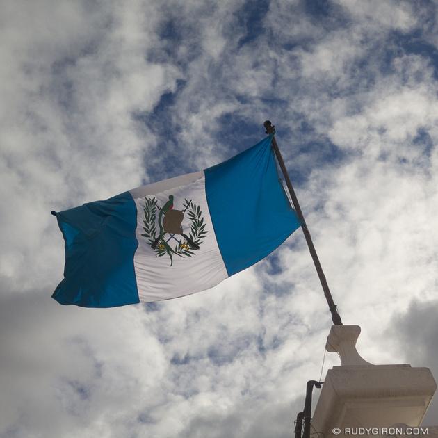 Rudy Giron: Instagrams &emdash; Libre al viento...
