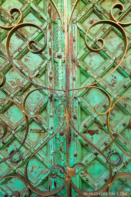 Rudy Giron: Antigua Guatemala &emdash; Anigua Guatemala Door Textures