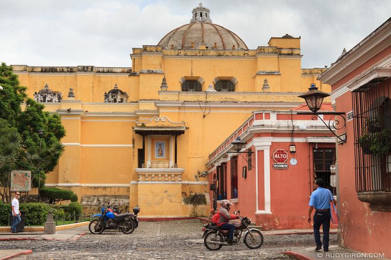 Rudy Giron: Antigua Guatemala &emdash; The two most popular colors in Antigua Guatemala