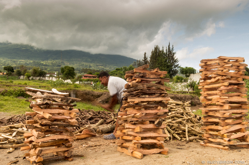 Rudy Giron: Antigua Guatemala &emdash; Renewal wood fuel in Antigua Guatemala