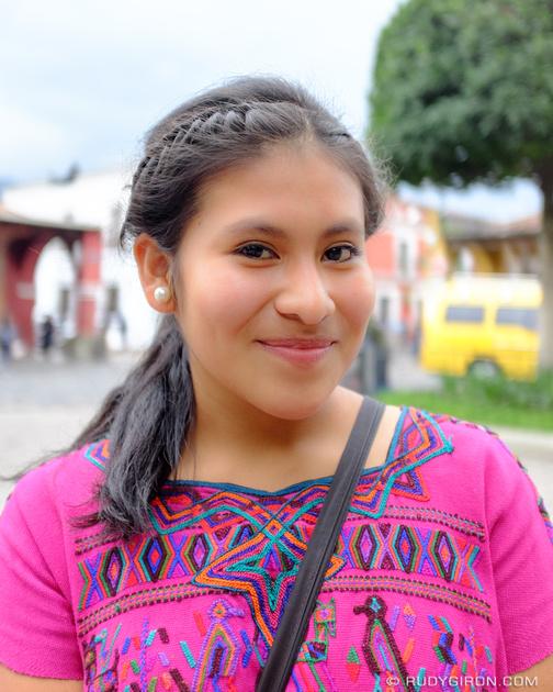 Rudy Giron: Antigua Guatemala &emdash; Street Portraits of Strangers — Yo soy Guatemala