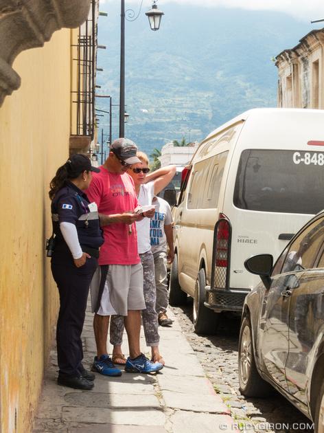 Rudy Giron: Antigua Guatemala &emdash; Confusing Parking Ordinance of Antigua Guatemala