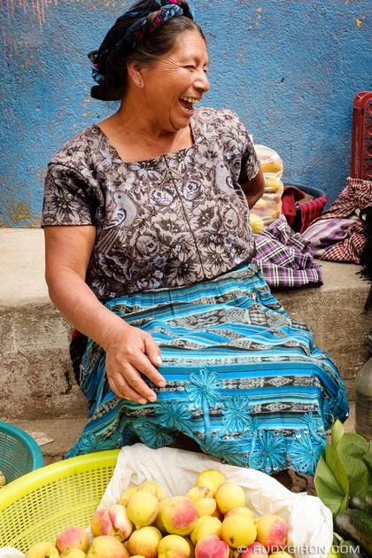 Rudy Giron: Antigua Guatemala &emdash; Portraits as gift santa maria de jesus 1